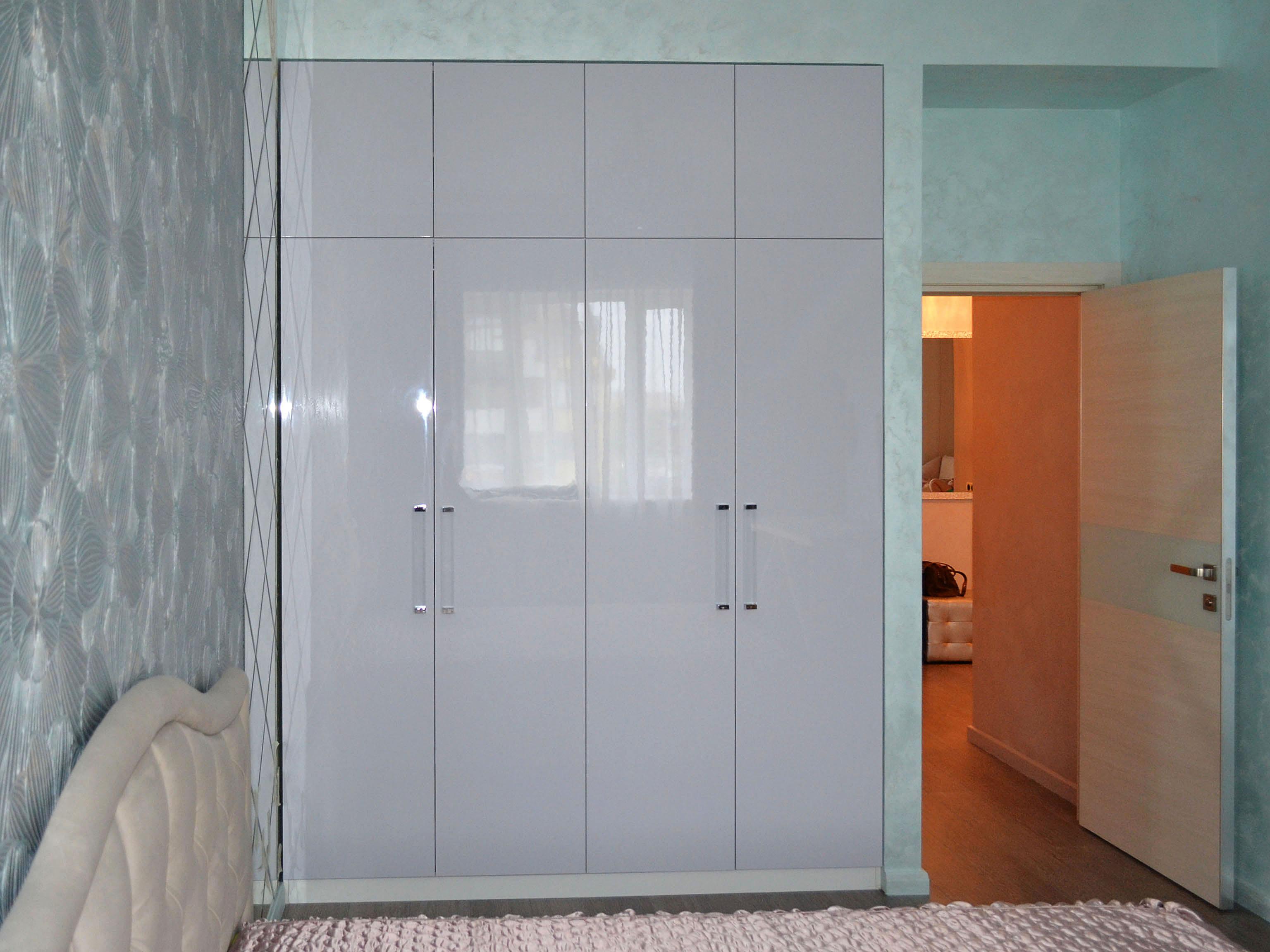 Встроенные шкафы купе на заказ по индивидуальным проектам/ра.